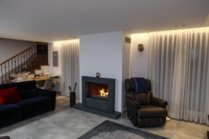 Modern Fireplace Surrounds - M 217 B